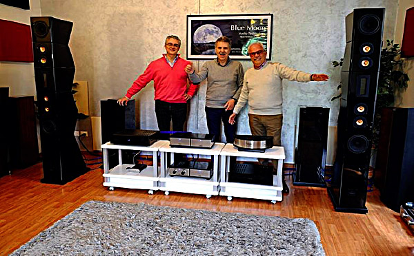 Da sinistra: Bruno Fazzini, Massimo Piantini e Gianni Profili, collaboratore e consulente per il mercato asiatico, all'evento di presentazione da Sophos dei diffusori della serie ML.