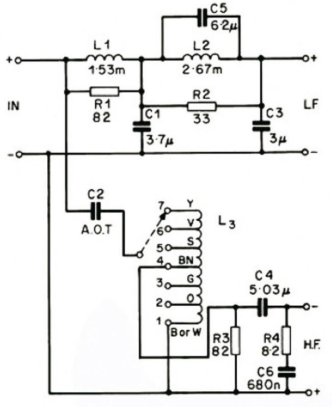 Figura 1. Lo schema del filtro crossover della prima versione: notare l'autotrasformatore che regola l'emissione del tweeter.