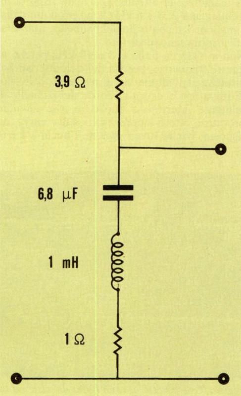 Figura 2B - Schema elettrico del filtro passivo di figura 2A.